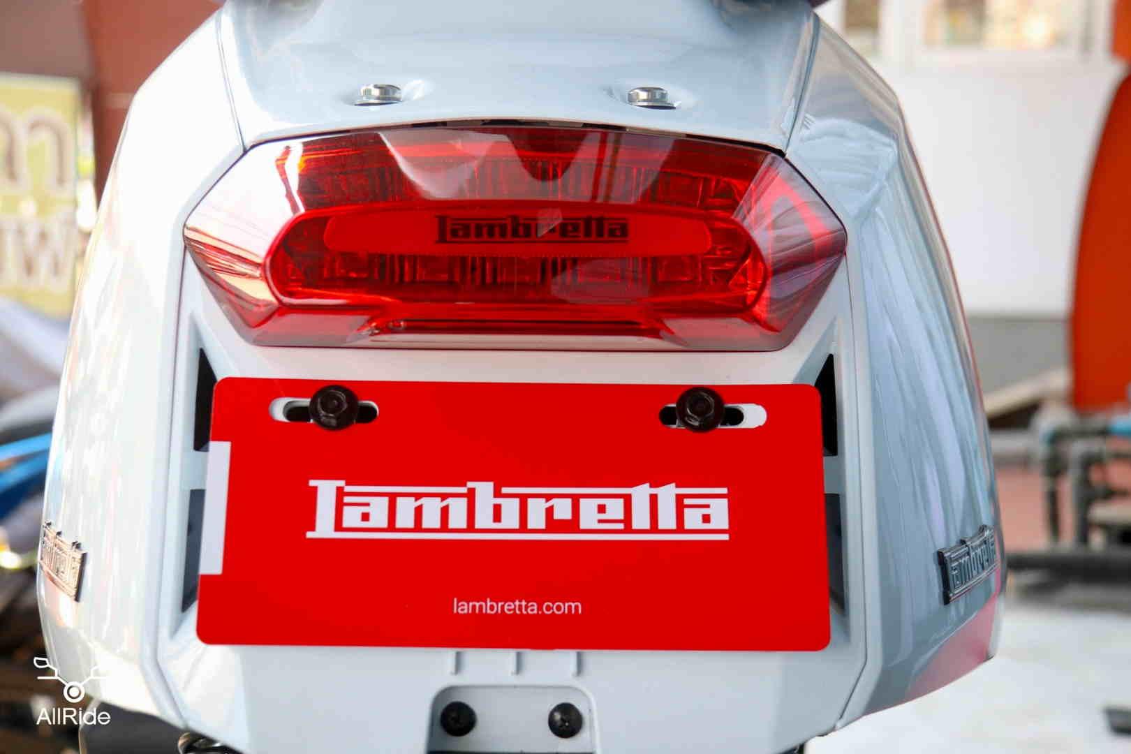 ไฟท้าย LED Lambretta V200