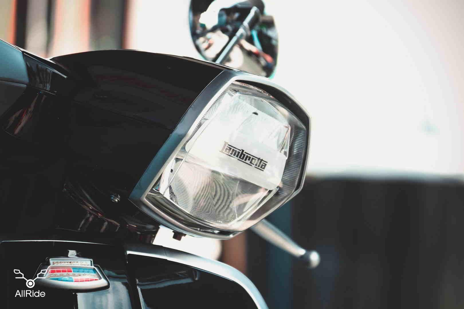 ไฟหน้า Lambretta V200