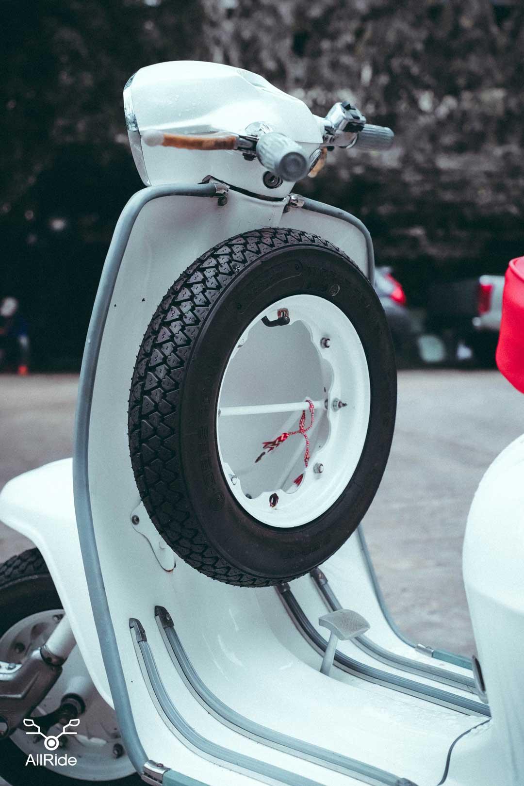 ชุดล้อสำรอง-Lambretta-3Li150
